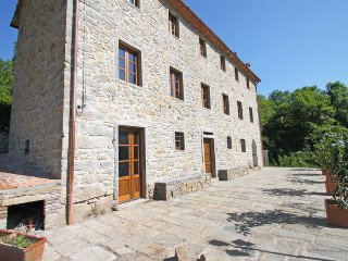 4 bedroom Villa in Pescia, Tuscany, Italy : ref 5477546