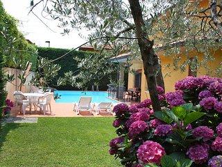 5 bedroom Villa in Pietrapiana, Tuscany, Italy : ref 5477563