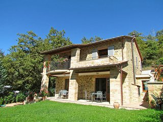 3 bedroom Villa in Magione, Umbria, Italy : ref 2269881