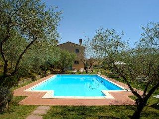 3 bedroom Villa in Castelfiorentino, Tuscany, Italy : ref 2269882