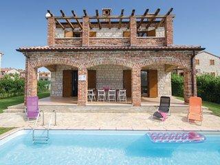 4 bedroom Villa in Vodnjan-Paradiz, Vodnjan, Croatia : ref 2277112
