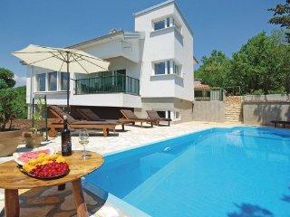 4 bedroom Villa in Makarska-Imotski, Makarska, Croatia : ref 2277227