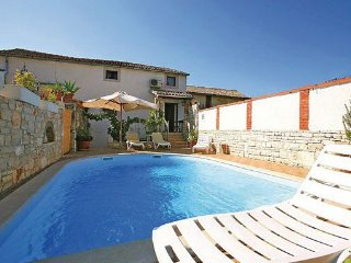 2 bedroom Villa in Sv.Lovrec-Kruncici, Sv. Lovrec, Croatia : ref 2277382