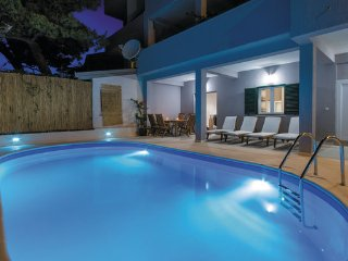 3 bedroom Apartment in Omis-Stanici, Omis, Croatia : ref 2277974