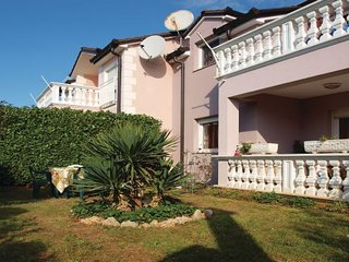 4 bedroom Villa in Vodice-Srima, Vodice, Croatia : ref 2278042