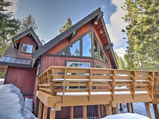 NEW! 3BR Tahoma Cabin - Steps From Hiking Trails!
