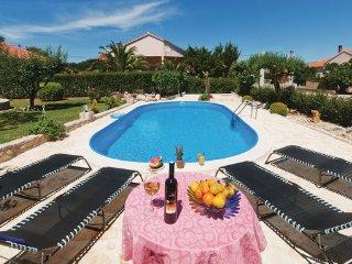 4 bedroom Villa in Zadar-Lovinac, Zadar, Croatia : ref 2278155