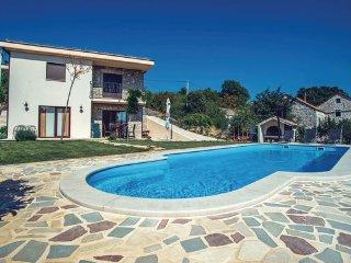 4 bedroom Villa in Makarska-Imotski, Makarska, Croatia : ref 2278585