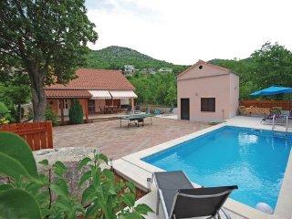 4 bedroom Villa in Makarska-Zagvozd, Makarska, Croatia : ref 2278859