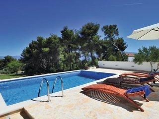 3 bedroom Villa in Brac-Sutivan, Island Of Brac, Croatia : ref 2279070
