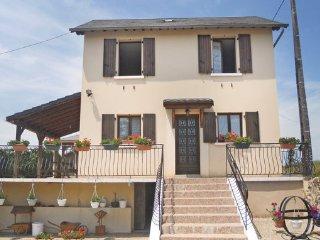 3 bedroom Villa in Saint Mesmin, Dordogne, France : ref 2279440