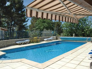 3 bedroom Villa in Lioux, Vaucluse, France : ref 2279753