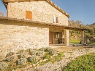 3 bedroom Villa in Urbino, Marches Countryside, Italy : ref 2280376