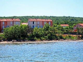 4 bedroom Villa in Soline, Primorsko-Goranska Županija, Croatia : ref 5032322