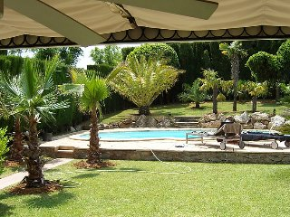 2 bedroom Villa with Pool, Air Con and Walk to Shops - 5083014