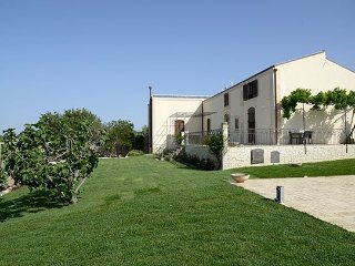 5 bedroom Villa in Scicli, Ragusa Area, Sicily, Italy : ref 2293179