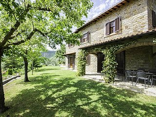 4 bedroom Villa in Cortona, Arezzo Area, Tuscany, Italy : ref 2293246