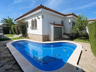 3 bedroom Villa in Miami Platja, Costa Daurada, Spain : ref 2295195