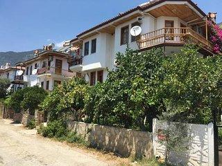 Nisa House