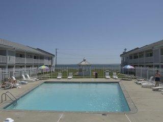 Cape Cod Resort, private beach, great location many amenities.8/25 thru 09/01/17