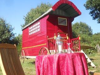 The Shepherds Hut, Hambers