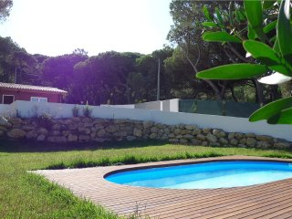 House in Portugal with swimming pool 5 min from beach