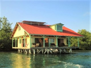 DISCOUNTS FOR MARCH THROUGH MAY!  UNBELIEVABLE HOUSE OVER THE WATER!