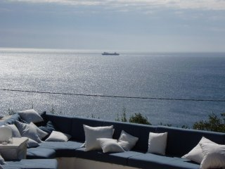 Wonderful Villa Sea View Terrace for 6 Guests, Marina di Novaglie