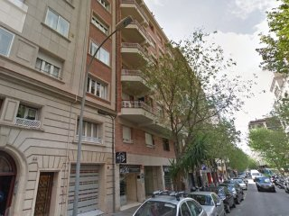 LetsGoBarcelona Diagonal Ave. with private terrace for 6 persons