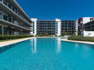 Folk White Apartment, Vilamoura, Algarve, Vilamoura