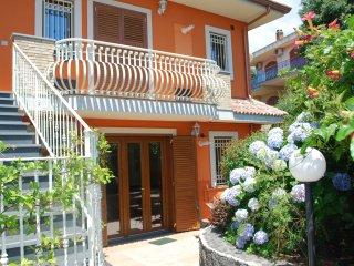 Etna Royal View - Appartamento Bilocale con vista Giardino