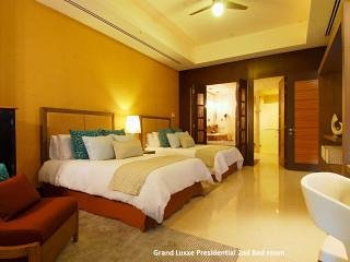 GRAND LIVING Grand Luxxe Presidential 2BR Nuevo Vallarta  MarGan
