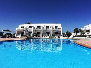 Apartment Bonita con piscina y terraza con vista