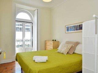 Grand apartament in «Largo do Intendente»(12Rooms)
