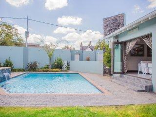 Villa Moshay- ultra modern,luxurious 5 star self catering Villa