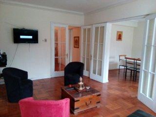 Apartamento amoblado 140 metros, Las Condes Santiago,amplio, totalmente equipado