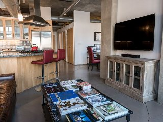 Riverfront Loft in Heart of Denver's Best Neighborhood - Executive Rental