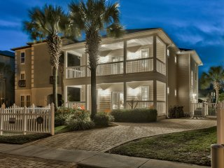 """Sand Dollar"" Gorgeous 6 Bed w/ PRIVATE POOL & Beach Service Included!"
