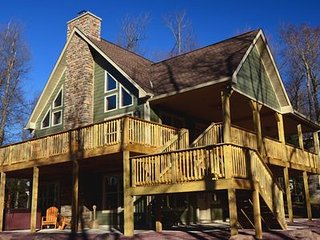 "Lake Harmony's ""Lupine Lodge,"" Brand New for 2016"