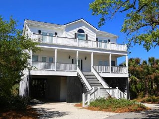 "3521 Sunset St  - ""Family Fun"" - Ocean Ridge"