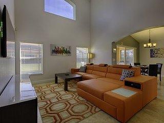 Ultra Modern Disney Paradise Villa! 25% Off Fall Special! 5 Star Gated Resort!