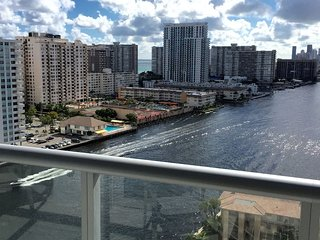 BEACHWALK 1409 Spectacular 2Bed/2Bath S View