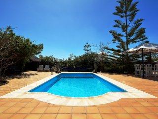 Yaiza Holiday Villa 11436