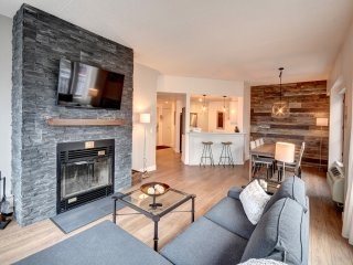 Tremblant Chez Nicolas Luxury living at the base of the mountain ski in/out