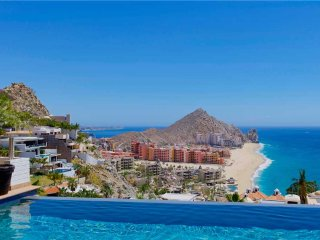 Magnificent Views & GREAT Cabo Location at Villa Jade de Law!