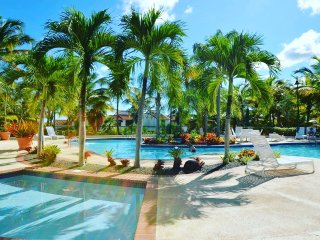 Villa Sirena - Gorgeous Golf Course Condo in Rio Mar, Puerto Rico.