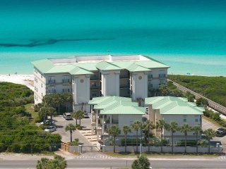 Legacy 303 Seagrove Beach  4 Bedroom Oceanfront Condo with pool 1mile to Seaside