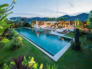 luxury Baliness 3 BR villa in Seminyak