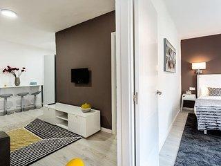 New design 3 bedroom flat near Florida, L'Hospitalet de Llobregat