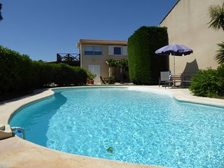 Tasteful Garden Apartment + Private Pool near Beaches & Cap D'Agde